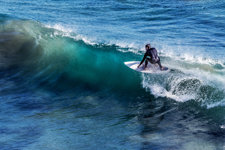 沖縄の海で遊べる楽しいアクティビティ マリンスポーツのサーフィン体験をブログで紹介!