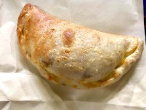 発見タカトシランドで紹介されたカフェツキ・ポケのポケッツォーネとカルツォーネが美味!_11