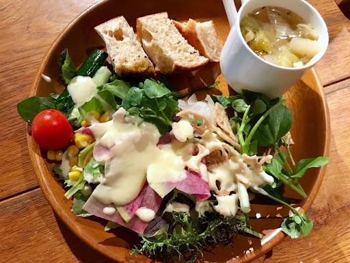 えこりん村のランチは森のレストランで野菜食べ放題ビュッフェ!アクセス方法や料金は?_9