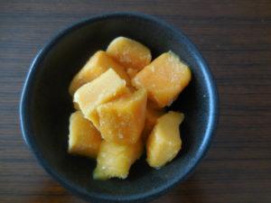 業務スーパーの冷凍フルーツのマンゴー