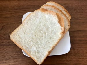 ベーカリーコネル(BAKERYConeru)の食パン