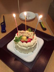 定山渓第一寶亭留翠山亭の誕生日祝いケーキ(2人前)