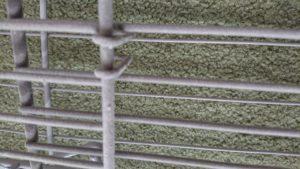 片づけラクラク ファンヒーターガード/ストーブガードの植毛部分