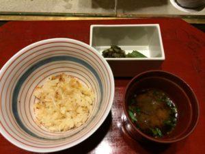 あかん鶴雅別荘鄙の座の夕食の蟹炊き込みご飯