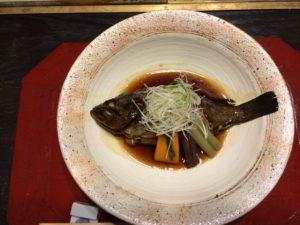 あかん鶴雅別荘鄙の座の夕食のメバルの煮付け