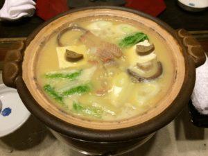 あかん鶴雅別荘鄙の座の夕食のめんめ鍋