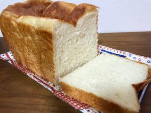 高級食パン専門店乃木坂な妻たちの豊潤な妻の断面