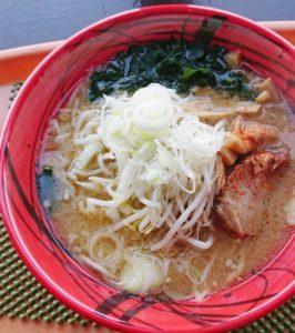 食堂「パンケ」の味噌ラーメン