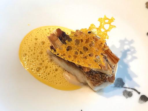 ル・ジャンティオム(Le Gentilhomme)の魚(鯛)料理