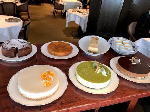 ル・ジャンティオム(Le Gentilhomme)の7種類の選べるデザート