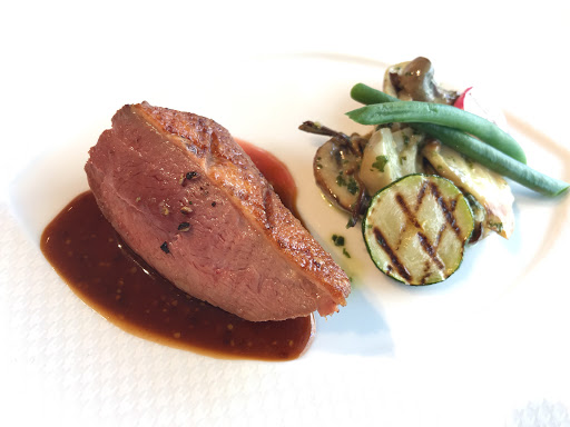 ル・ジャンティオム(Le Gentilhomme)の肉(鴨)料理