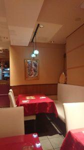 トルコ料理サライ赤坂店のテーブル