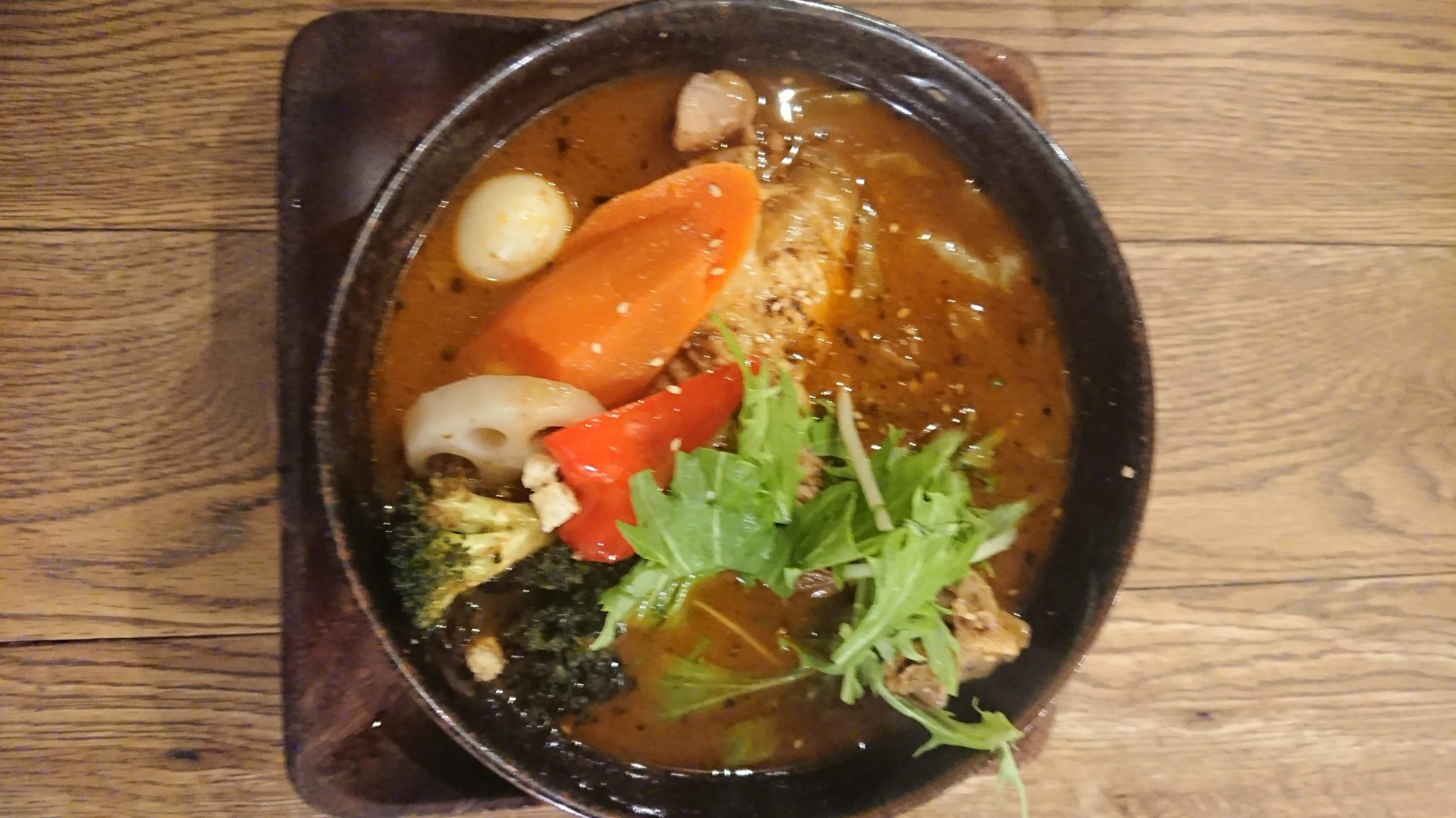 ガラク(GARAKU)のやわらかチキンレッグと野菜