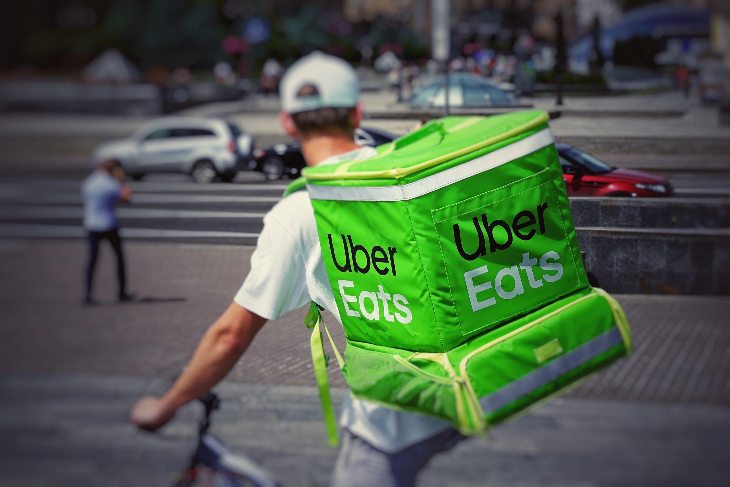 Uber Eats(ウーバーイーツ)は札幌市でいつから利用できるアカウント登録や利用方法は?