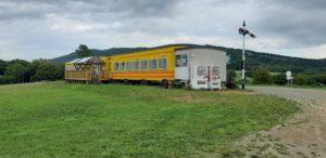 ハイジ牧場の鉄道客車
