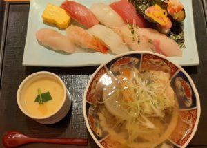 町のすし家四季花まる PASEO店の寿司ランチセット