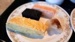 芦別温泉スターライトホテルの朝食バイキング(石炭の玉子焼き)