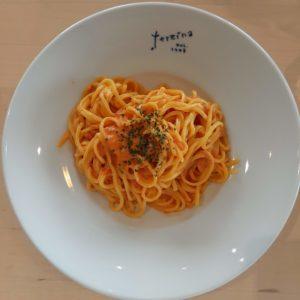 【北欧の風 道の駅とうべつ】の「レストラン|カフェ テルツィーナ」の手長エビのトマトクリームソース