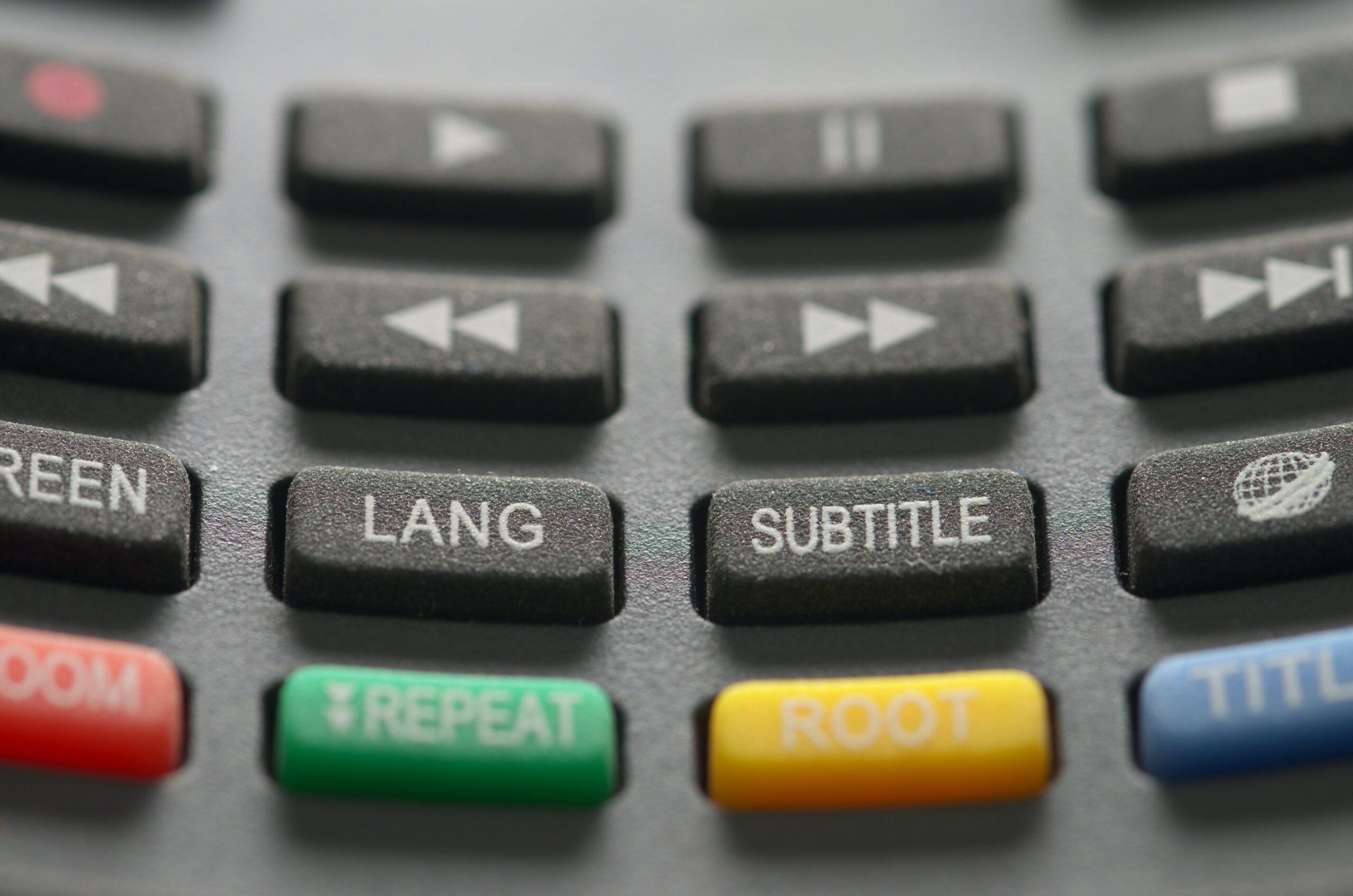 動画配信サービスで英語字幕で視聴できるのはどこ日本語の字幕でも視聴できるか合わせて解説
